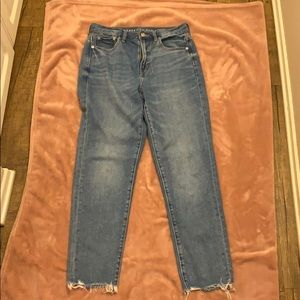 Light/medium wash jeans